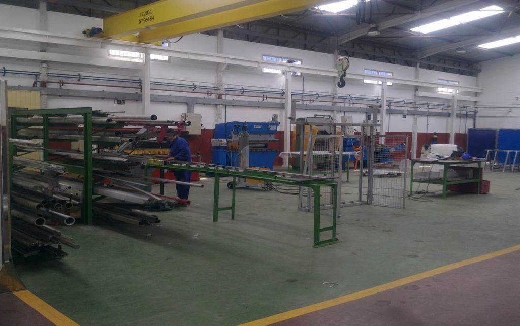 Taller Meycagesal de acero inoxidable, aluminio y mecanizado